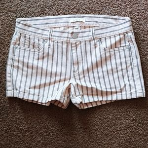 🌾3 for $30!! Striped shorts